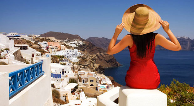 (EN) How to Enjoy Your Greek Island Holiday on Under 30 Euros a Day