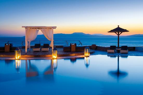 Greece Shines In Condé Nast Traveler's Readers' Choice Awards 7