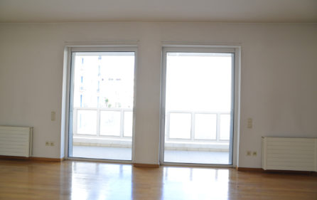 21. 3rdF Luxury Flat 2nd Bedroom