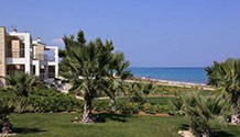 Luxury villas in front of the beach in Halkidiki / HKH-152V